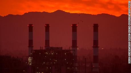 Ada lebih banyak CO2 di atmosfer saat ini daripada titik mana pun sejak evolusi manusia