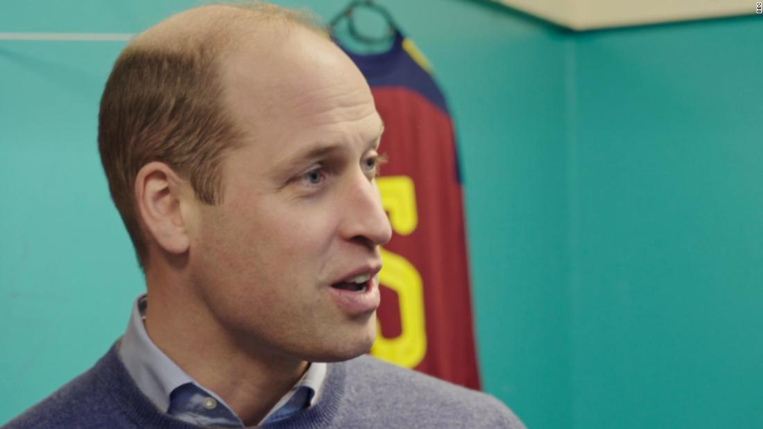 Pangeran William mengungkapkan penglihatannya yang buruk membantu gugup ketika berbicara di depan umum