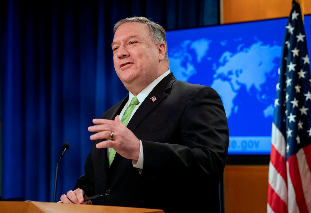 Mike Pompeo mengatakan AS akan mulai menerapkan kembali sanksi terhadap Iran