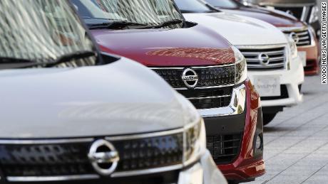Nissan memangkas kapasitas produksi sebesar 20% setelah menderita tahun terburuk sejak 2009