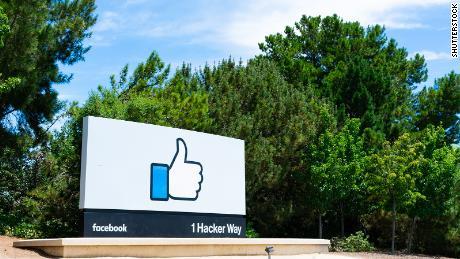 Walkout virtual & # 39; Facebook & # 39; dan apa artinya