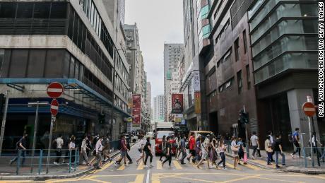 AS dapat mengakhiri hubungan khususnya dengan Hong Kong. Tetapi untuk perusahaan barat, ini rumit