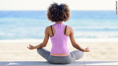 Meditasi harian dapat memperlambat penuaan di otak Anda, kata studi