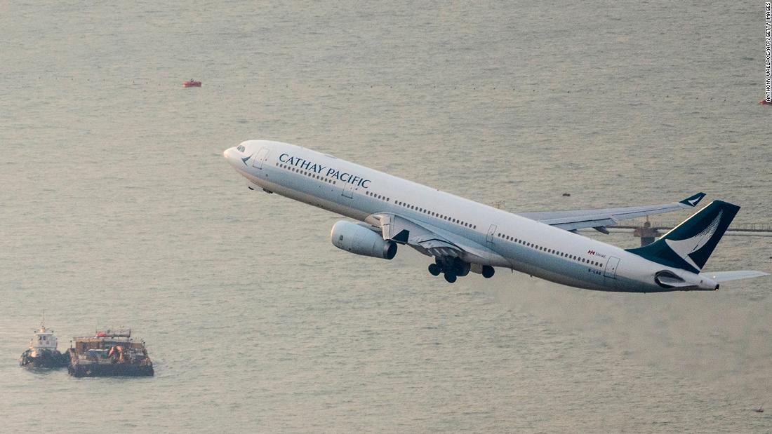 Hong Kong mengambil alih saham di Cathay Pacific sebagai bagian dari bailout $ 5 miliar
