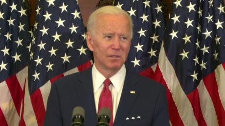 Joe Biden mencapai tonggak sejarah yang pernah dilakukan Hillary Clinton: 50%