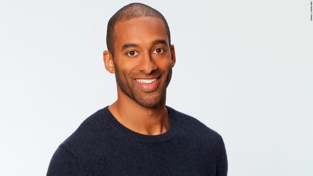 'The Bachelor' melantunkan 'Bachelor' hitam pertama setelah protes untuk keragaman yang lebih baik