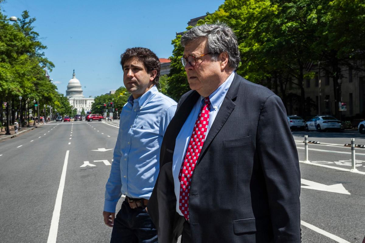 AG Barr menyebarkan unit taktis Biro Penjara ke Miami, Washington