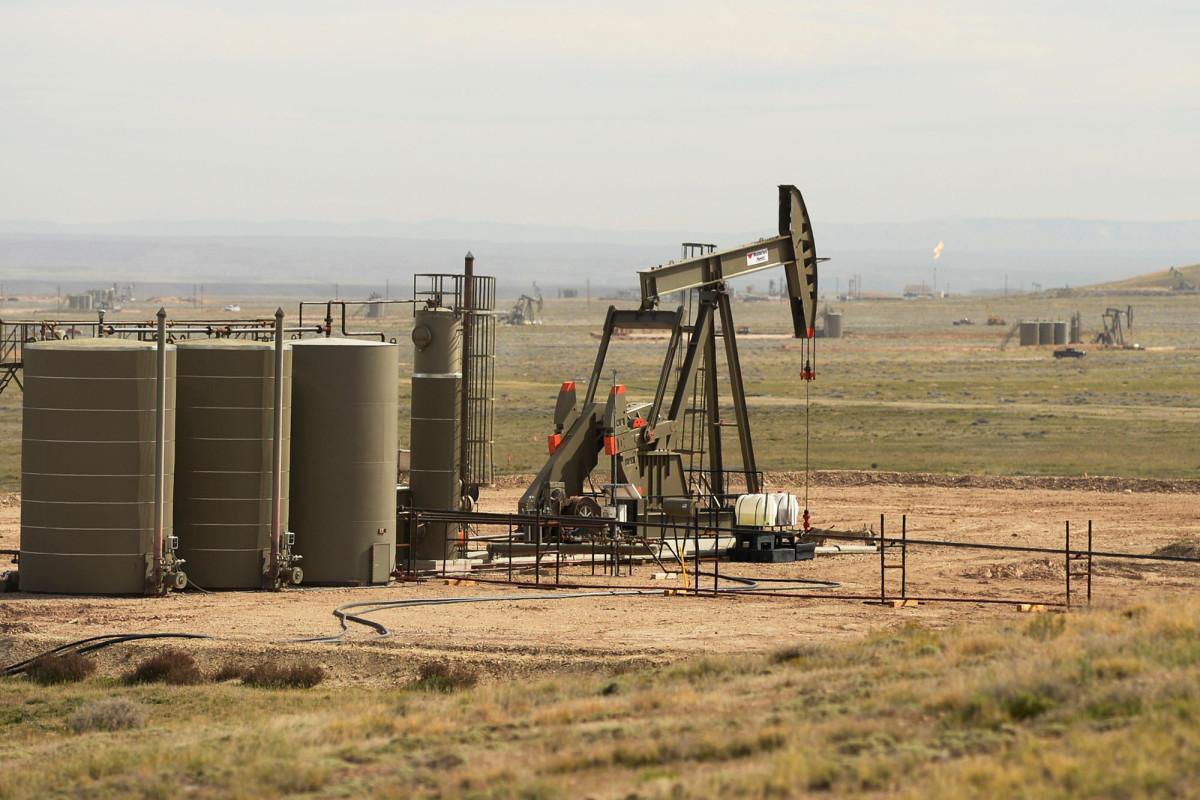 Administrasi Trump memangkas biaya minyak dan gas dalam ratusan kasus