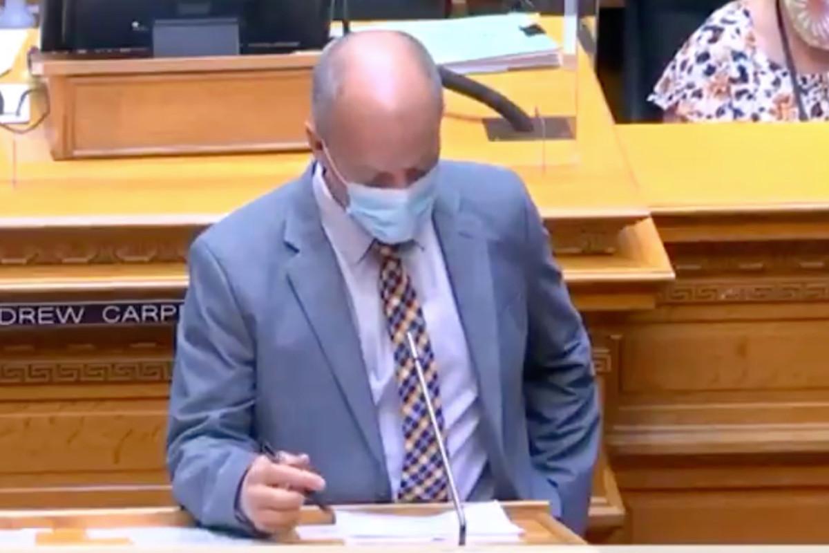 Anggota parlemen Colorado mengambil panas untuk komentar 'menginjak leher'