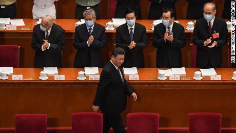 China meluncurkan stimulus $ 500 miliar untuk ekonomi karena membatalkan target pertumbuhan karena pandemi