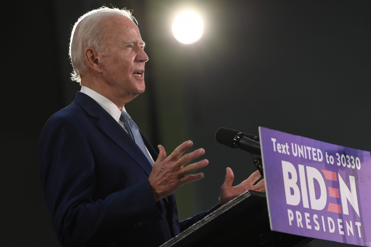 Biden mengatakan pertanyaan tentang RUU kejahatan 1994 adalah 'sah'