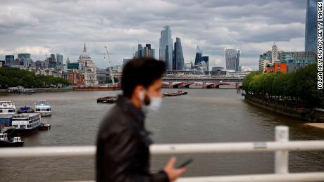 Ingat Brexit? Mengapa Inggris benar-benar bisa berjuang untuk keluar dari resesi