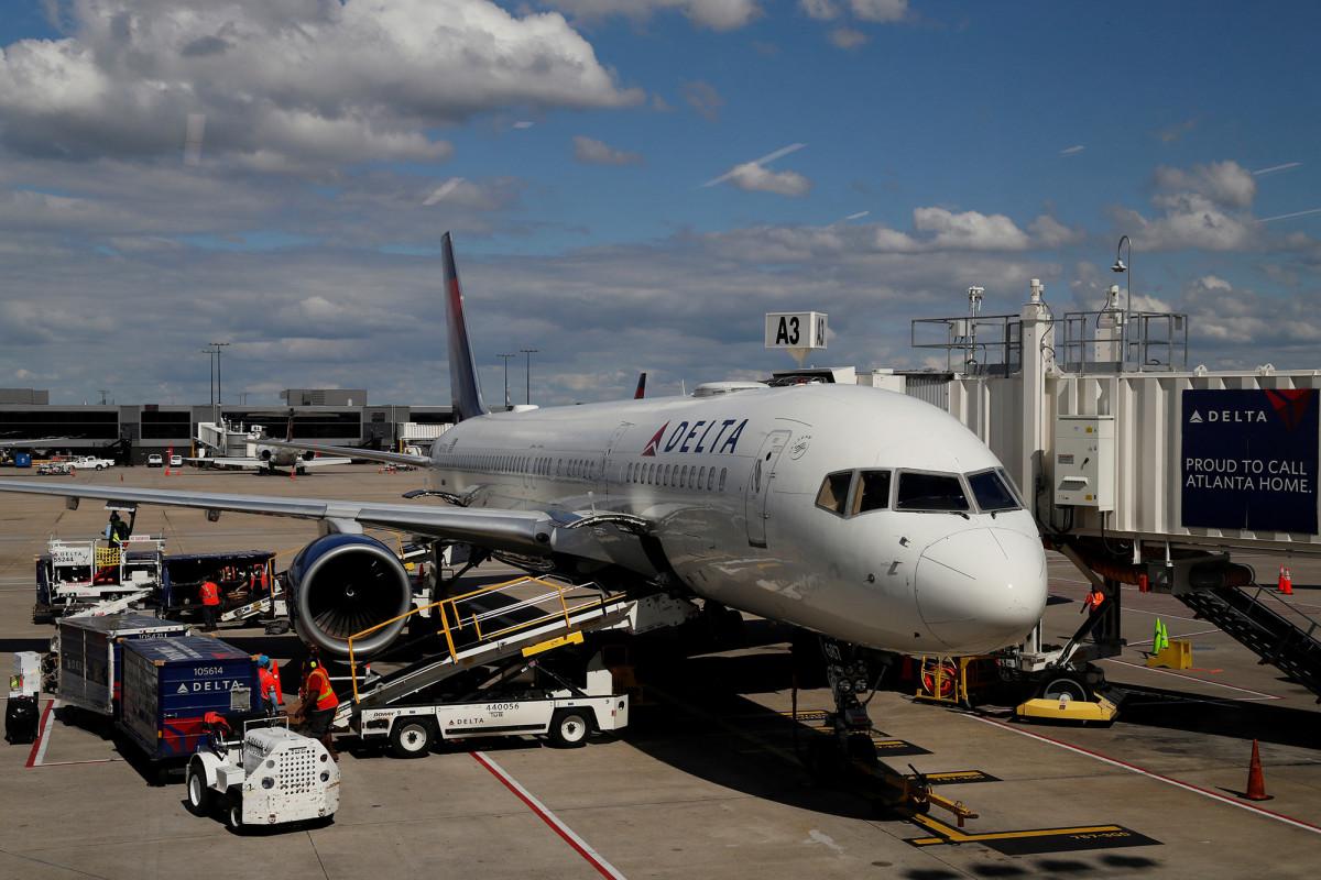 Delta bekerja dengan serikat pekerja untuk menghindari cuti 2.300 pilot