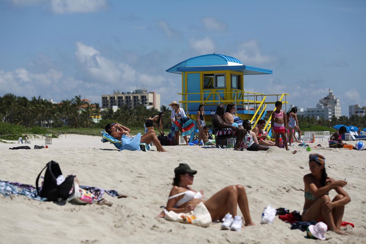 Florida memecahkan rekor untuk kasus coronavirus baru dalam satu hari