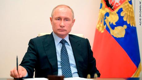 Krisis coronavirus Putin semakin dalam dengan kebakaran rumah sakit yang fatal dan diagnosa juru bicara