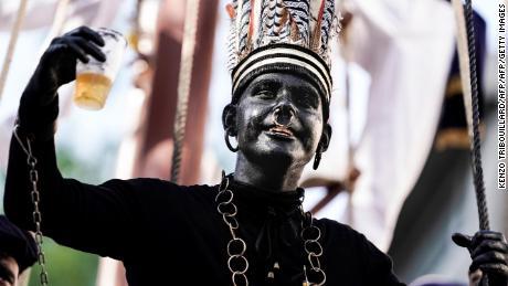 Negara dengan sejarah kolonial ini memiliki masalah blackface