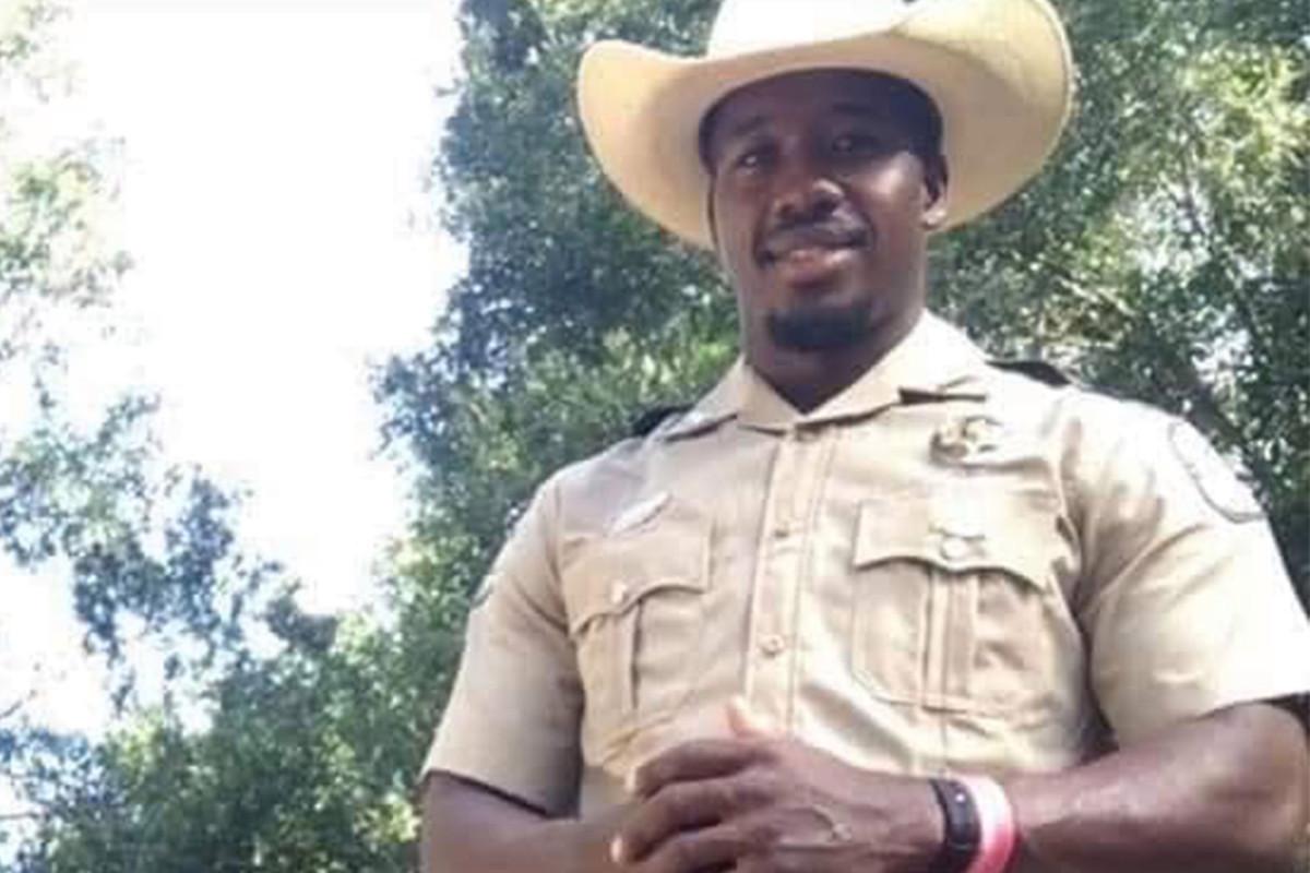 Petugas margasatwa Florida menembak mati-matian mencoba menghentikan tabrak lari