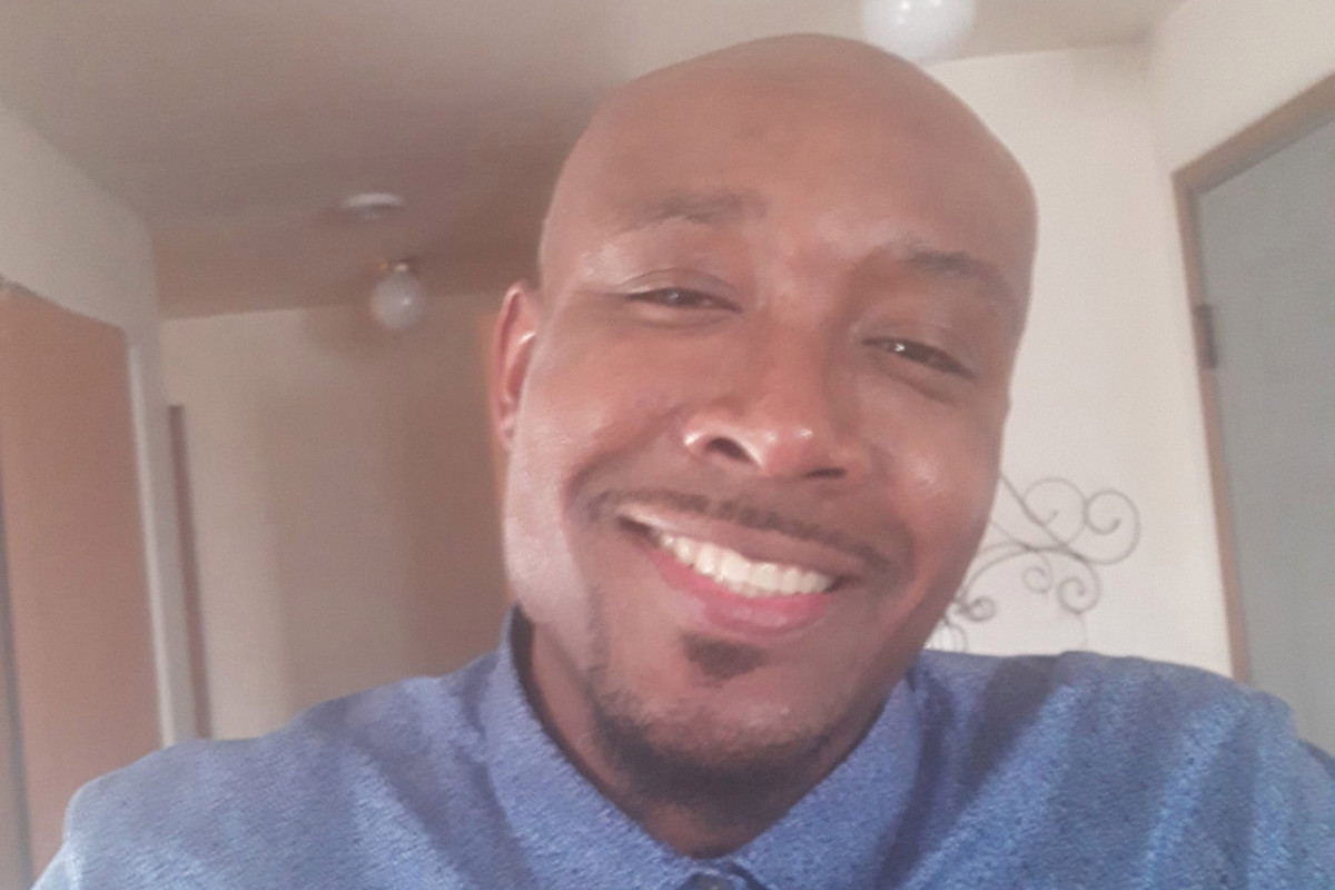 Pria kulit hitam yang meninggal dalam tahanan polisi berteriak, 'Saya tidak bisa bernapas'