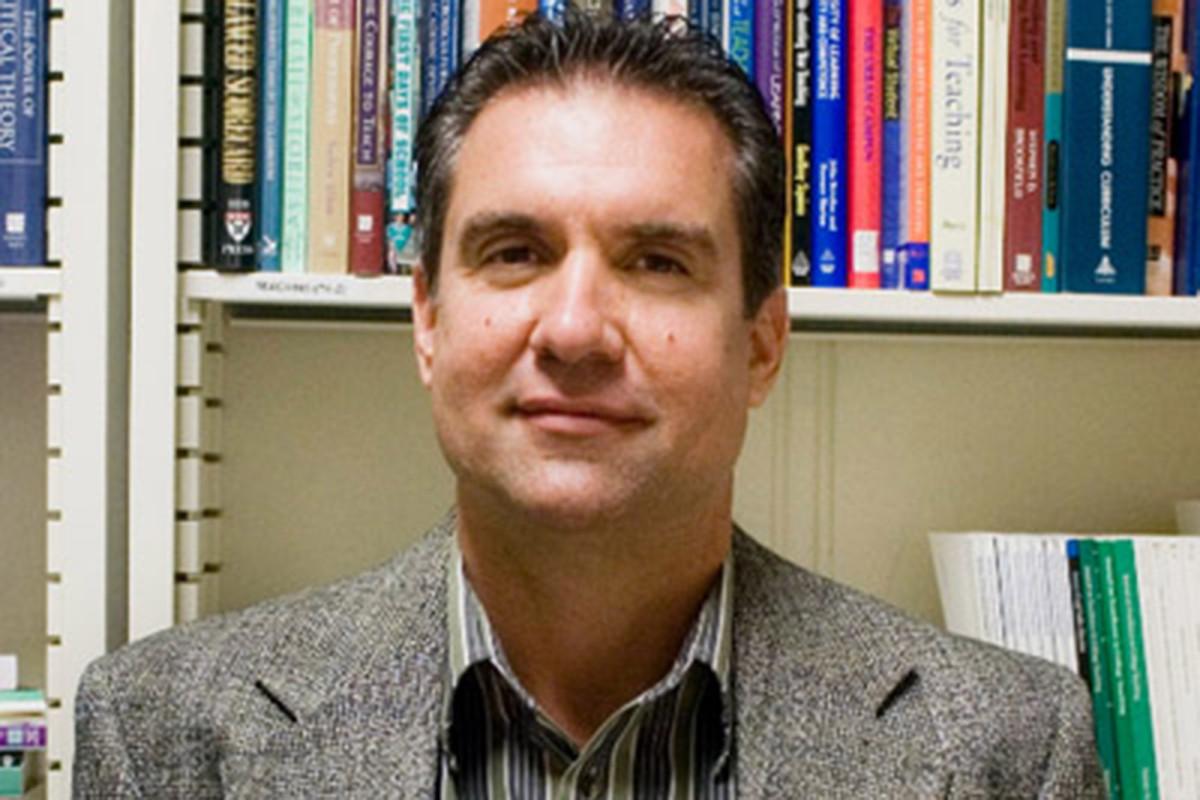 Profesor UCF sedang diselidiki untuk tweet 'hak istimewa kulit hitam'