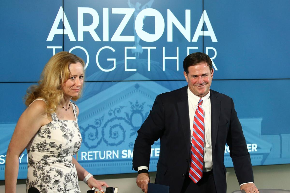 Rumah sakit Arizona mengaktifkan rencana darurat sebagai paku coronavirus